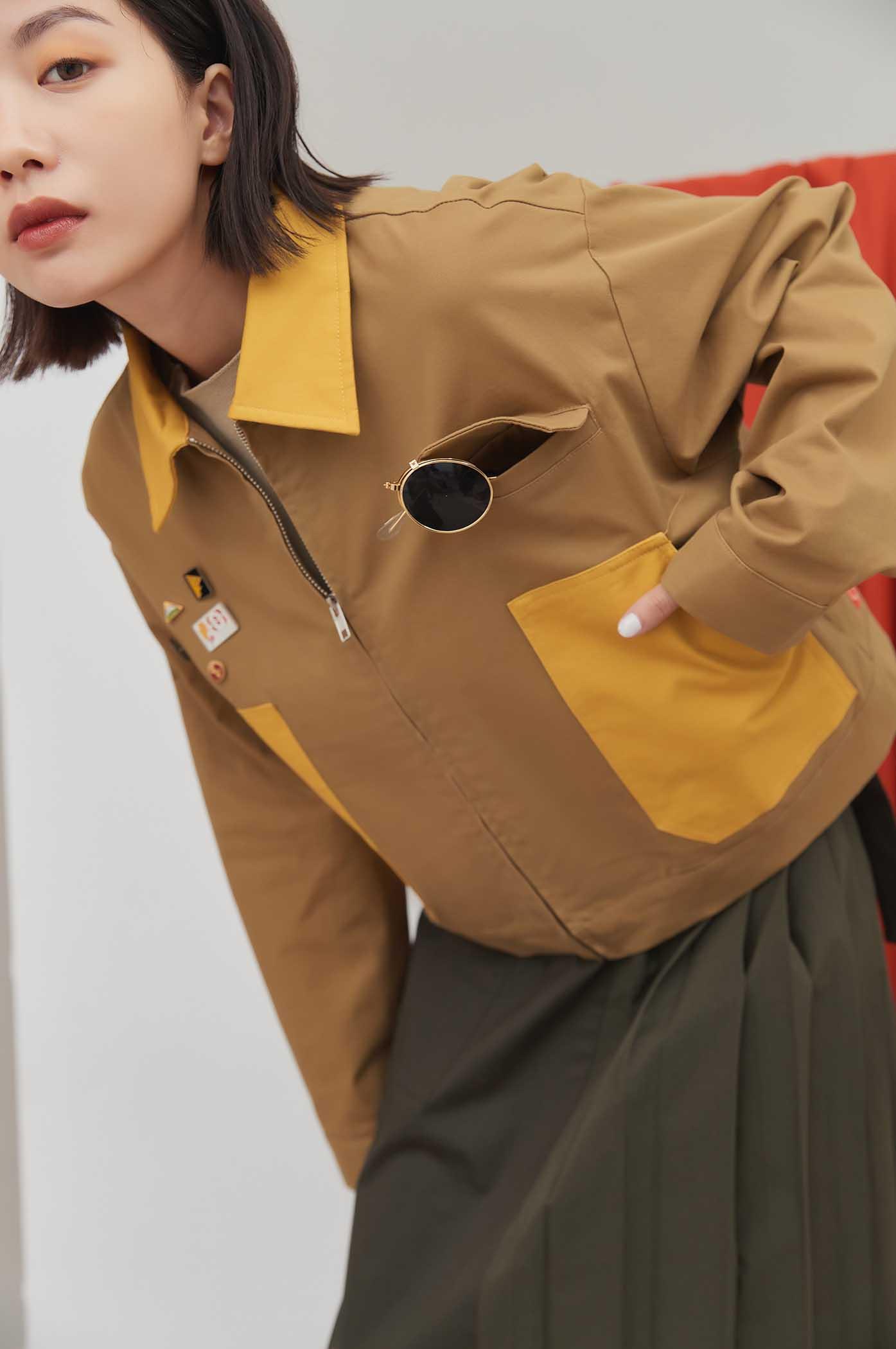 拼色挺版短夾克