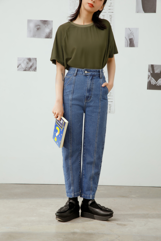 微窄版直筒中線牛仔褲