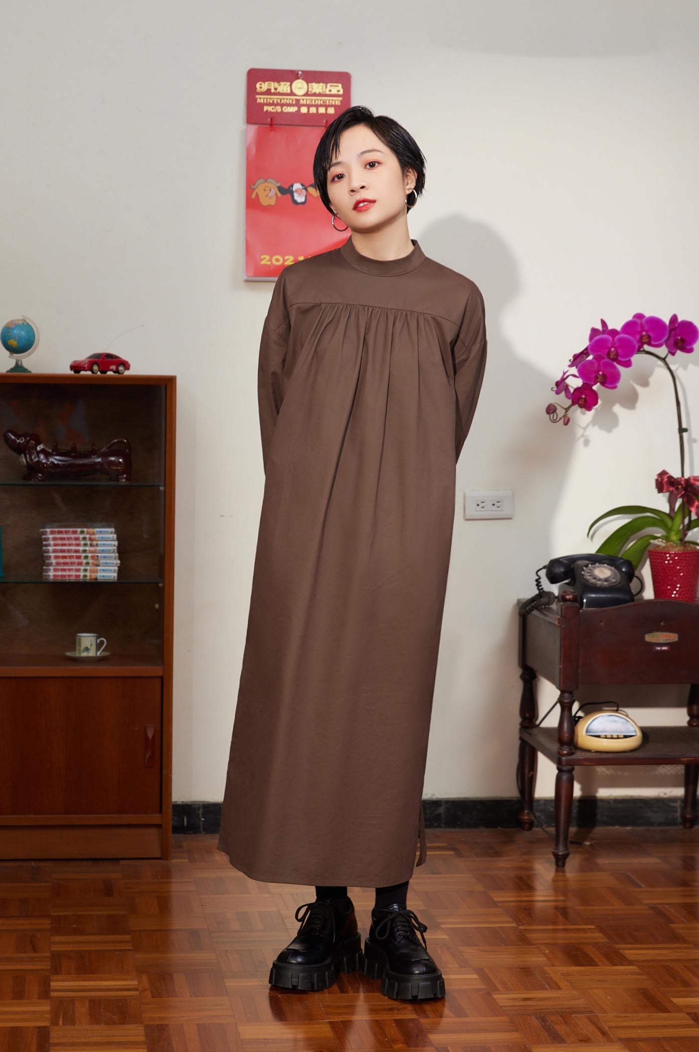 相反領後釦合襯衫洋裝
